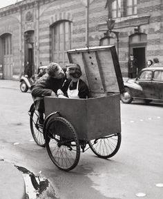 Robert Doisneau_Le Baiser Blotto,1950 baiser blotto, kiss, blotto photo, blotto 1950, le baiser, robert doisneau, photographi