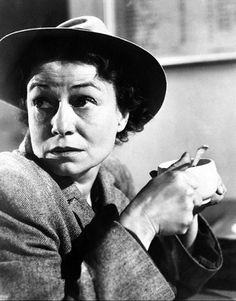 Thelma Ritter . . . one of the VERY best character actors . . . ever!