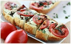 Caprese Garlic Bread - Whats Cooking With Ruthie