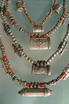Yemen Silver & Coral
