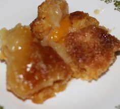 Easy Peach Dump Cake...It's DELICIOUS & EASY!!