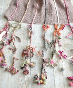 knit : embroider : textile : Sophie Digard crochet scarf