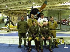 Air Mechanics and aircrew of Bristol F2b Fighter E2466 by Rob Langham, via Flickr