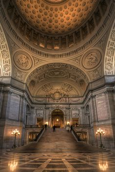 We have so many memories in San Francisco it seemed only right we get married @San Francisco City Hall, which we always get to see on the news which is special cause our kids get to see where we got married on tv