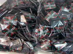 Chapas rectangulares personalizadas al mayor, www.chapea.com