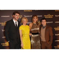 Liam Hemsworth, Elizabeth Banks, Jennifer Lawrence and Josh Hutcherson (UK premiere)