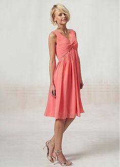 V-neck Pleated Top knee-length bridesmaid dress