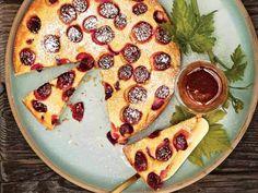 syrup recip, christma dessert, dessert recip, cakes, food, sangioves syrup, harvest cake, grape juice, fall desserts