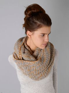 Couverture and The Garbstore - Womens - Karakoram - Alpaca chunky knit PA21 snood alpaca chunki, knit scarves, yarn