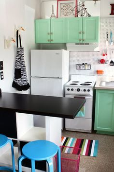 Tiny Studio Apartment Kitchen Design Ideas, Pictures, Remodel and Decor
