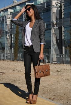 White Tshirt, jeans and gray blazer with heels. You can't go wrong with the classics!
