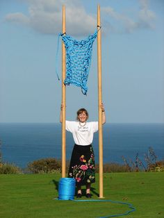 Guinness World Record Knitting Needles knitting needles, record knit, crochet, world records, blog, big, knit needl, tree trunk, cornwall