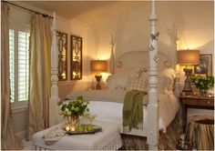 Beautiful four poster bed. Love it