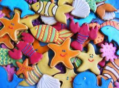 under the sea cookies-great b'day treats or goodie bag fillers.  (Every little girl has a Little Mermaid party) by kaitlin