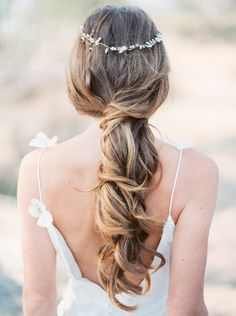 effortlessly loose and twisted ponytail