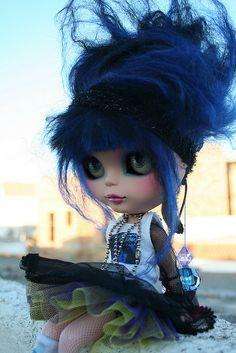 Punk Blythe by erregiro, via Flickr
