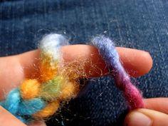 fingerknit, brooches, kids knitting, crochet, fingers, knitting tutorials, finger knitting, yarn, kid craft