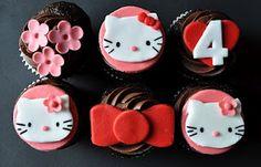 Cupcakes decorados con ganache chocolate y figuras en pastillaje motivo H.K.