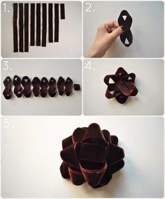 DIY velvet Christmas bow