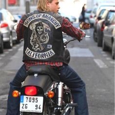 motorcycl, anarchi, charli hunnam, sons, charlie hunnam, samcro, leather jackets, jax teller, soa