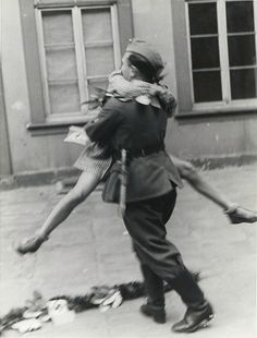 Soldier returns home, 1945.