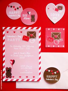 Cookies and Milk Valentine's Day Party #cookies #milk #cookiesandmilk #cookiesmilkparty #valentinesday #valentines #printables #valentinescrafts #valentinesprintables #valentinesdayparty #valentinesparty