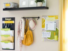 10 Ways to Banish Entry Table Clutter