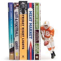 paintshischest fan, books, bookends, football, green, fans, footbal novic, footbal lover, favorit read