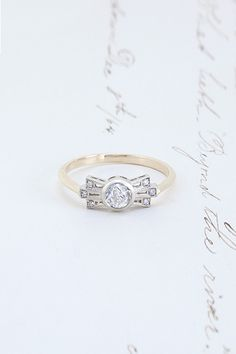 Deco Bow Ring