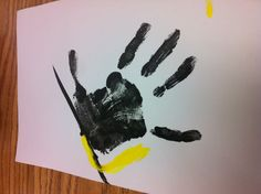 Handprint graduation cap...we used this for end of the year page in the kindergarten memory book. My assistant are I are an awesome team! :)