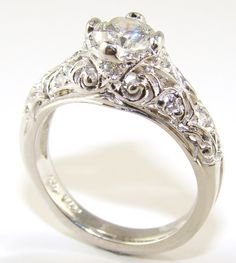 Contemporary Antique Engagement Ring... This is the ring I want... Wow...
