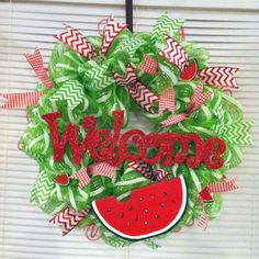 Watermelon wreath by Camogirlwreaths on Etsy, $45.00 -  #trendytree #summerwreaths