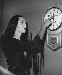 Vampira marca la hora