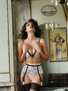 #Sexy Lace Overlay #Lingerie - Deep Plunge Cleavage Bra & High Waist Garter Belt/Panties