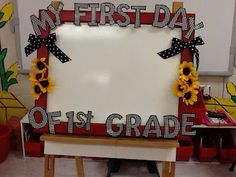First day frame - have students hold up frame in front of them and take pictures.  Give to parents at Open House.  I made mine match my Farm theme.