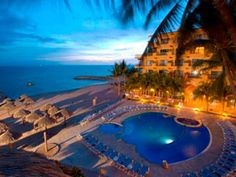 Villa del Palmar. We r booking our vacation today!