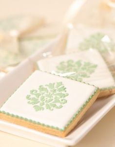 Simple and elegant damask cookies (The Cake Parlour).