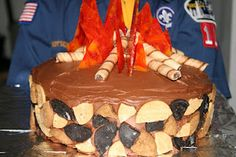 Campfire Cake for Cub Scouts (has a how to)...abbi girl scouts