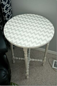 Upcycle Side Table Project | DIY Chevron Stenciled Side Table from @cspangenberg