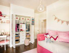 wallpaper ceiling & desk nook