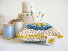 pin cushion via @Emma Zangs Zangs Zangs Lamb
