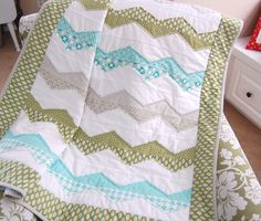 Raw Edge Zig Zag Pattern by Cotton Way
