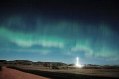 Northern Lights by Williston , ND  /  Drilling rig