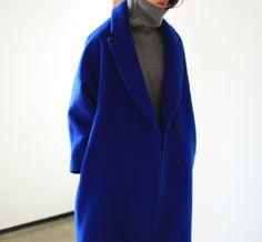 Style - Minimal + Classic : cobalt