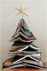 #book #Christmas #tree decoration idea - love it!