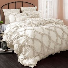 3-Piece Riviera Comforter Set in Ivory