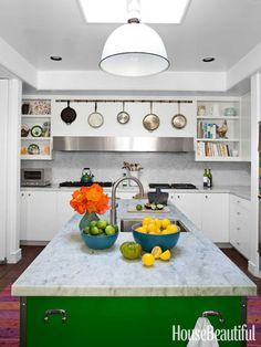 Splash of green #kitchen #kitchencolors