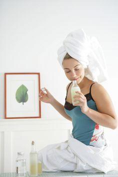 6 Homemade Serum Recipes for Dry Hair