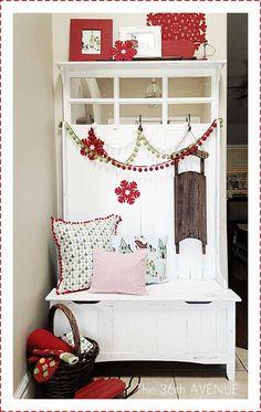 Christmas Entry Way by @Desiree Nechacov the36thavenue.com