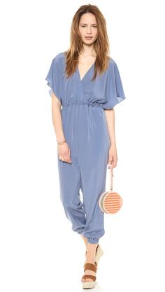 Gorgeous maternity jumpsuit for spring!